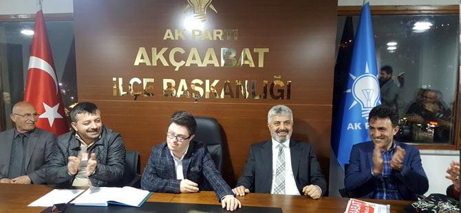 ak-parti-akcaabat-down-sendreomu.jpg
