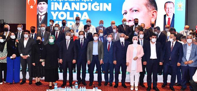 ak-parti-akcaabat-kongresi.jpg