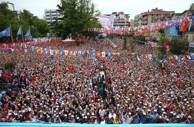 ak-parti-erdogan-001.jpg