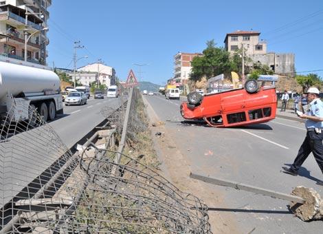akcaabat'ta-meydana-gelen-trafik-kazasinda-bir-kisi-yaralandi.3.jpg