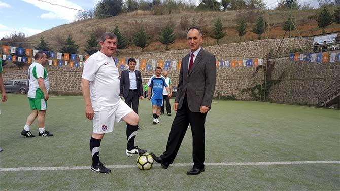 akcaabat-ak-parti-futbol.jpg