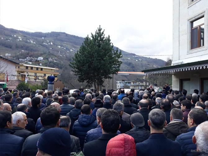 akcaabat-belediye-baskani-osman-nuri-ekimin-aci-gunu2.jpg