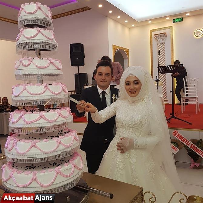 husna-ile-onur-evlendi13jpg.jpg