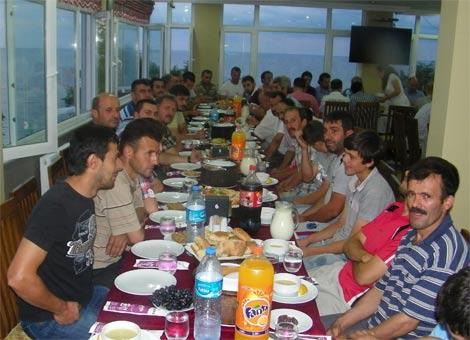tosun-sanayi-sitesi-iftar1.jpg