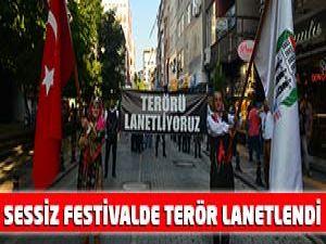 Sessiz Festivalde Afişle Terör Lanetlendi.